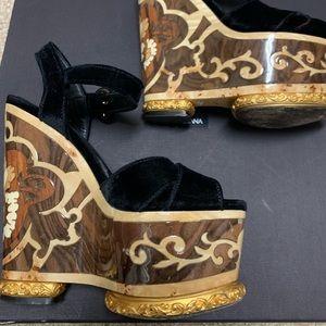 Dolce & Gabbana Fall 2013 Wooden Velvet Platform 6